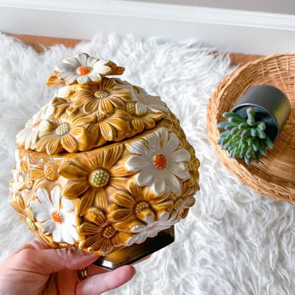 Vintage Mid-Century Modern Floral Daisy Cookie Jar